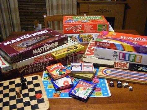 giochi da tavola per adulti idee per giocare a tavola consigli pratici idee per