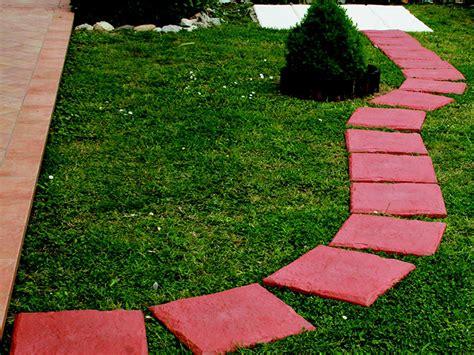 piastrelle da terrazzo mattonelle da terrazzo cool piastrelle da giardino with