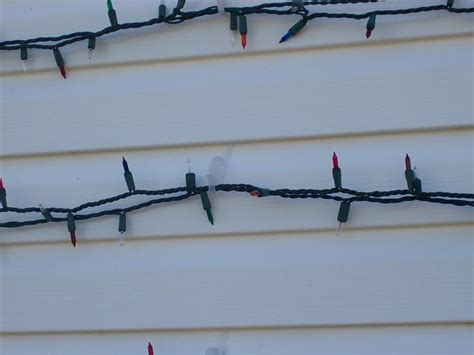how to hang lights on vinyl siding best 28 hanging lights on vinyl siding my so