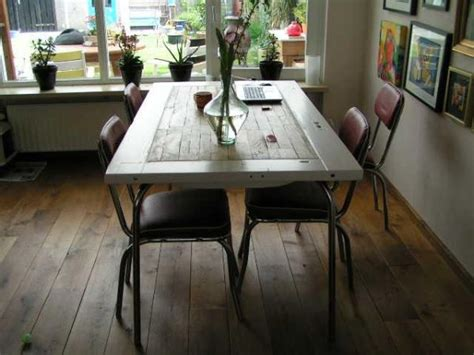 25 best ideas about old door tables on pinterest door tables door bar and old kitchen tables 5 ways to use vintage doors
