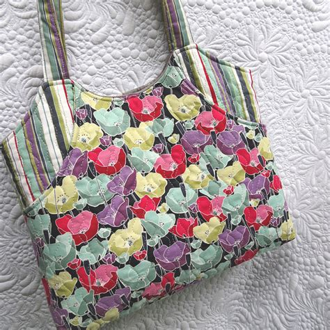 Quilted Tote Bag Patterns by Purse Tote Bag Patterns For Spacious Bags