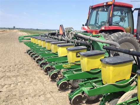 Planter Parts Deere by Tweet