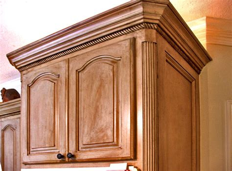 kitchen cabinet molding and trim special features