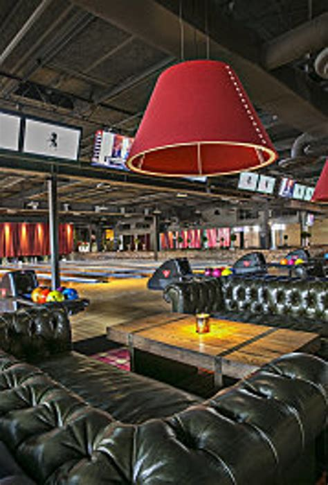 where to host your company holiday party in atlanta