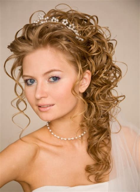 up hairdos hairstyles ideas on long half up and half down wedding hairstyles