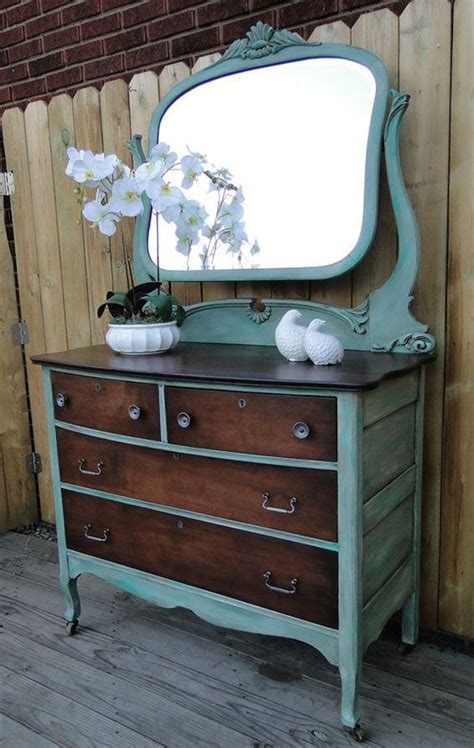 best paint for furniture 25 best ideas about refinished vanity on pinterest