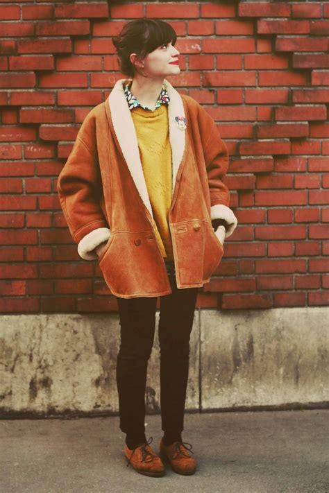 women outfits  shearling coats  ways  wear stylishly