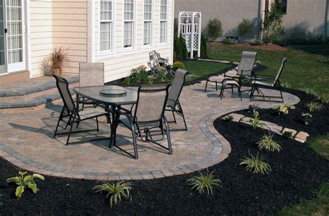 patio shape landscaping pinterest