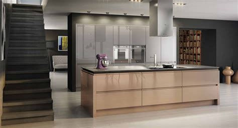 Trendy Kitchens 252 ber kasai rose gold amp mercury metallic kitchen