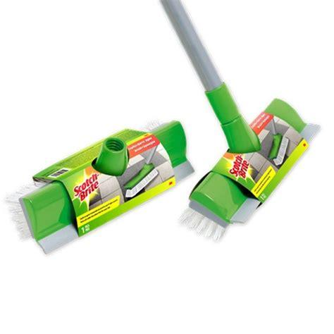 Produk Pembersih Lantai Clean Pengganti Sapu 3m scotch brite sikat lantai pendorong air id 772 sikat ber gagang plastik pembersih lantai