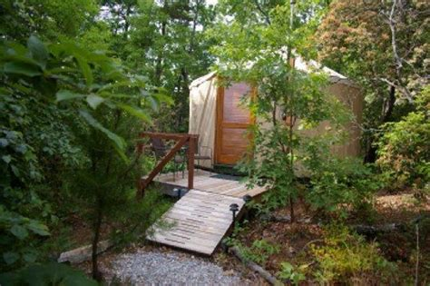 Backyard Yurt by Site To Find Yurt Lodging Picture Is Yurt At Cedar House