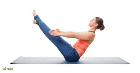 boat pose on belly 10 simple yoga poses to burn that stubborn belly fat