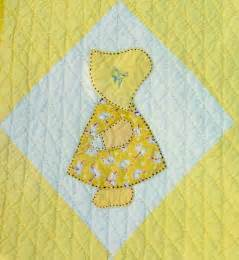 busy bee no 16 yiayia s sunbonnet sue quilt a
