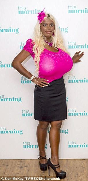 martina big skin white model martina big now identifies as black