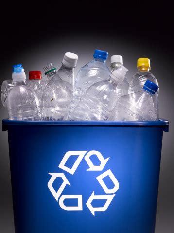 membuat tempat sampah  barang bekas