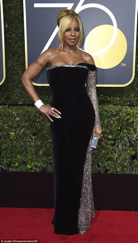 Best Original Song Also Search For J Blige Wears Strapless Velour Gown At Golden Globes Daily Mail