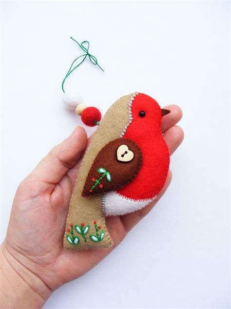 pattern felt bird ornament pdf pattern felt robin with embroidered details