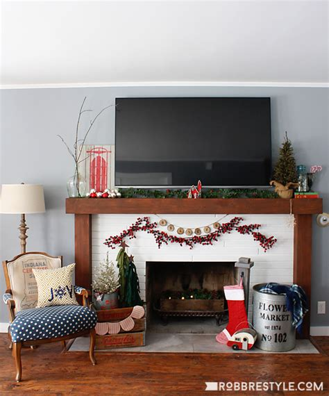 7 Cool Tips To Easily Renovate Your Living Room Digsdigs Decorating A Fireplace Decorating Fireplace
