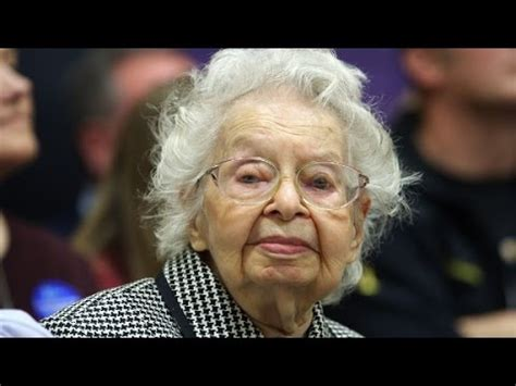 how old is hillary clinton caucusing for hillary clinton at 102 years old youtube