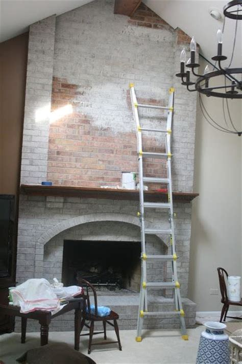 Floor To Ceiling Fireplace Makeover by Best 25 Brick Fireplace Makeover Ideas On Painting Brick Brick Fireplace And Paint