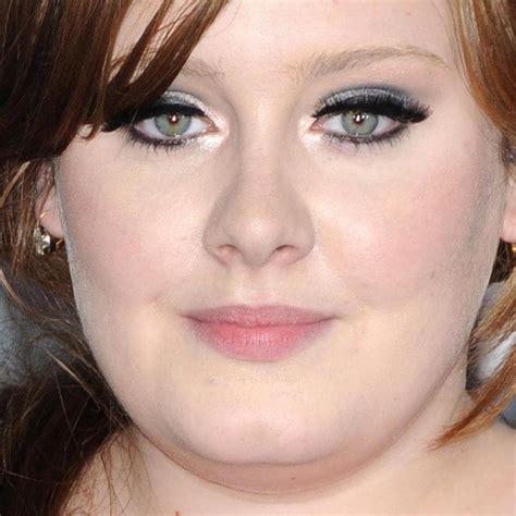Makeup Adele adele makeup charcoal eyeshadow silver eyeshadow pink lipstick style