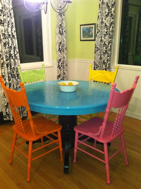 Painted Dining Table And Chairs Painted Tables And Chairs Marceladick