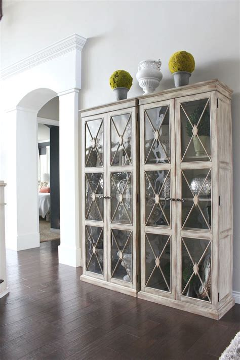 White Dining Room Display Cabinets Best 25 Display Cabinets Ideas On Grey