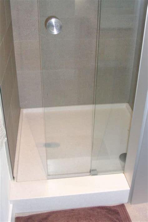 corian duschtasse corian 174 im bad klocke
