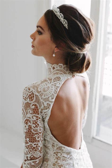 Wedding Hairstyles Veil And Tiara by Best 25 Wedding Tiara Veil Ideas On Wedding