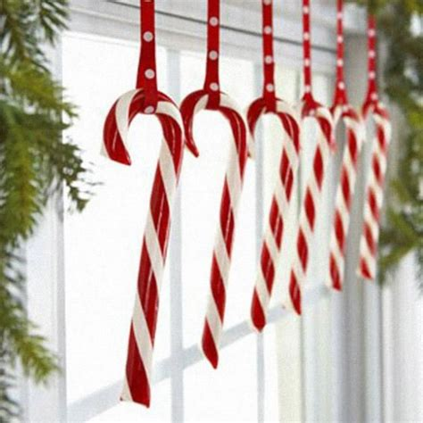 candy cane christmas lights 25 fun candy cane christmas d 233 cor ideas for your home