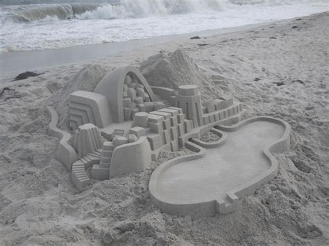 if frank gehry made sand castles 10 photos 171 twistedsifter this guy s elaborate sand castles make frank gehry look