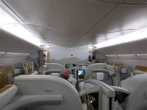 review emirates class a380 houston dubai view