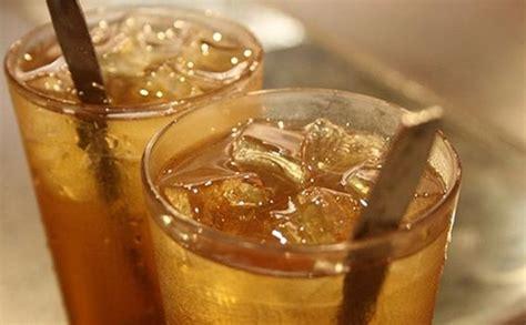 Teh Manis gila dah di monas pedagang teh es gunakan air limbah dan