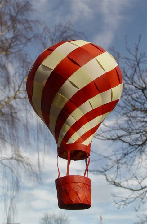A Paper Balloon - paper air balloon sistermag origami and paper ideas