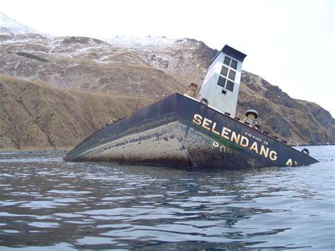 bering sea boat sinks maritimequest selendang ayu 1998 page 3