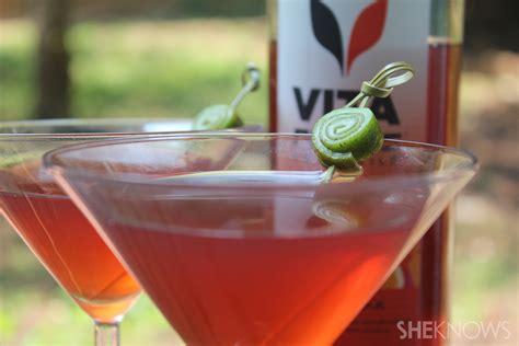 drink garnishes how to garnish a cocktail