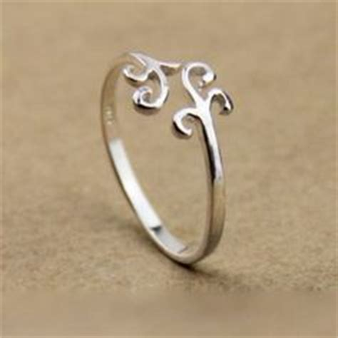 simple rings jewelry on