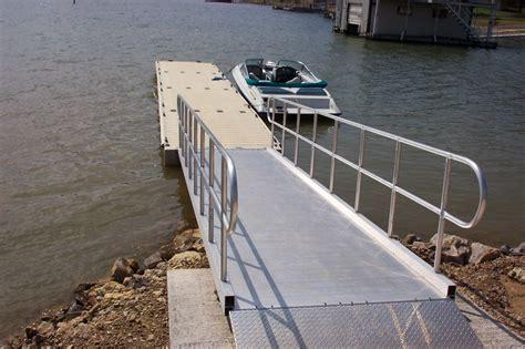 public boat rs at possum kingdom lake courtesy docks