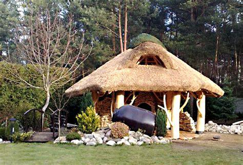 pavillon naturstamm blockhaus bauen gartensauna gartenh 228 uschen und