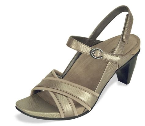best orthotic sandals 18 best orthotic shoes images on foot