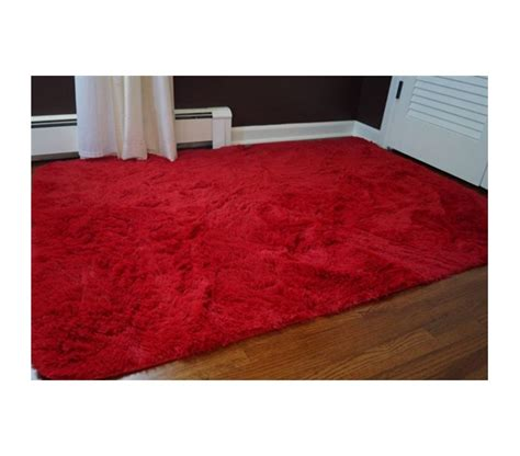 College Room Rugs by Soft To The Touch College Plush Rug Redder Than