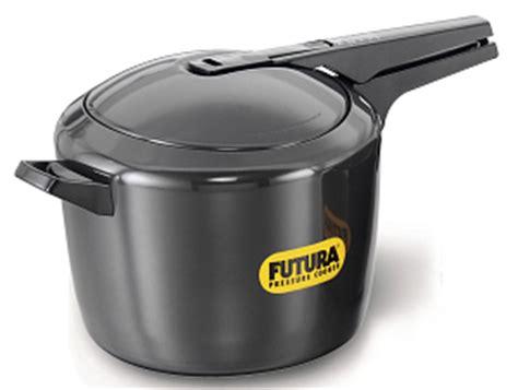 hawkins futura pressure cooker ebay hawkins futura anodised aluminum pressure cooker 9l