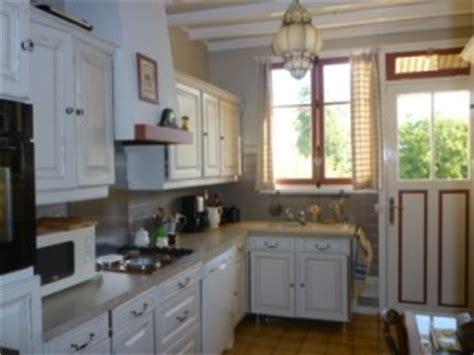 moderniser une cuisine en bois 3684 relooker une cuisine rustique lf ambiances et d 233 co