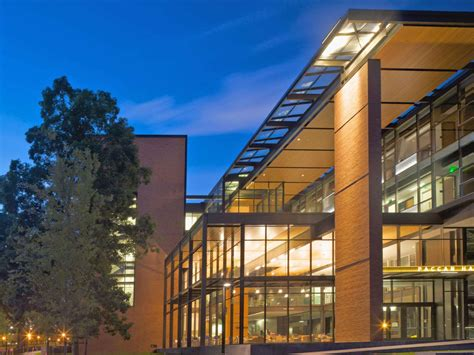 Uw Foster School Mba by Paccar Foster School Of Business Of