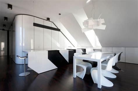 Fussbodenbelag Für Küche by K 252 Che Wei 223 Boden