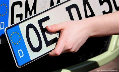 Auto Abmelden Versicherung Steuer by Was Kostet Die Abmeldung Eines Kfz Ein 220 Berblick
