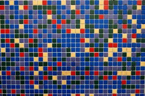 Photo Mozaik Bentuk gambar abstrak lantai pola garis warna biru mainan lingkaran seni desain bersih