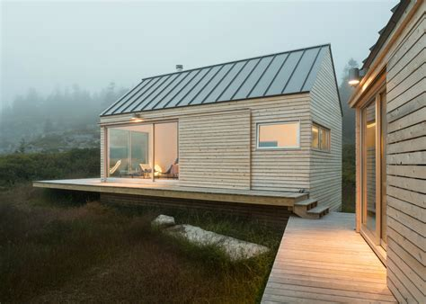 Cabins In Maine by Three In One Maine Cabins Take Separate Bedrooms To A