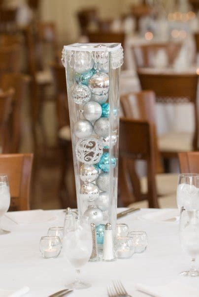 and winter themed wedding table designs