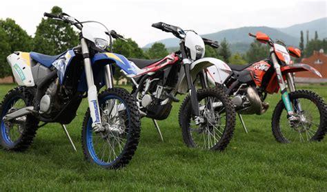 125 Motorräder Im Vergleich by Enduros Im Vergleich Testbericht